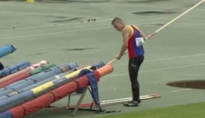 Lama Francesco con 4.70  è terzo nel salto con l'asta