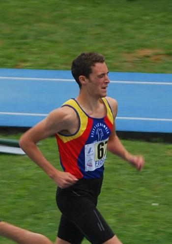 Riccardo Gaddoni è la prima volta che riesce a correre i 1500 al di sotto del fatidico muro dei 4'