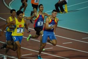 Mazzanti e Valbonesi al terzo cambio della 4x100