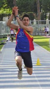 Andrea Mazzanti, 6.54 nel lungo, 13.34 nel triplo