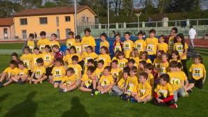 Il gruppo dei giovani esordienti dell'Atletica Imola