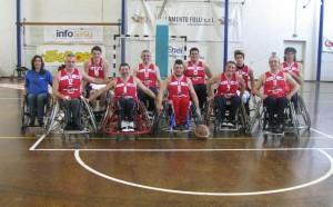 La squadra del basket in carrozzina Imola seconda nel campionato di serie B